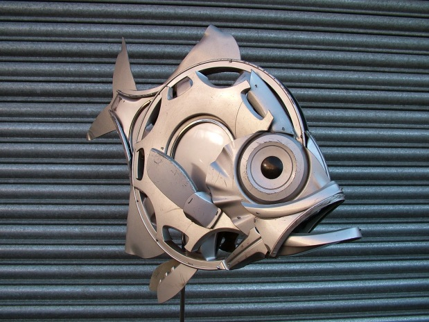 Artist Recycles Old Hubcaps Into Stunning Animal Sculptures