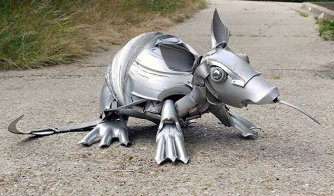 hubcaps-recycling-art-upcycling-ptolemy-elrington-8