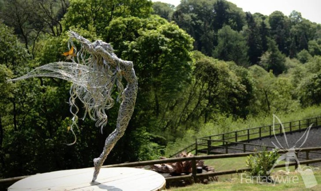 wire-sculpture-robin-wight-05