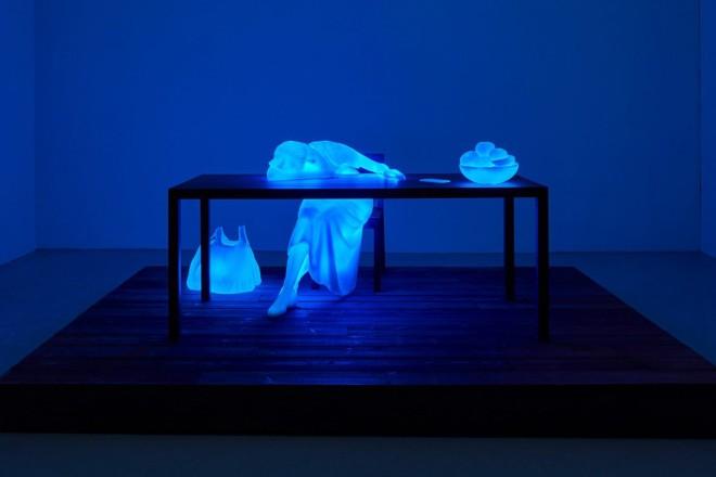 image_2019_11_doug-aitken-return-to-the-real-exhibition-1
